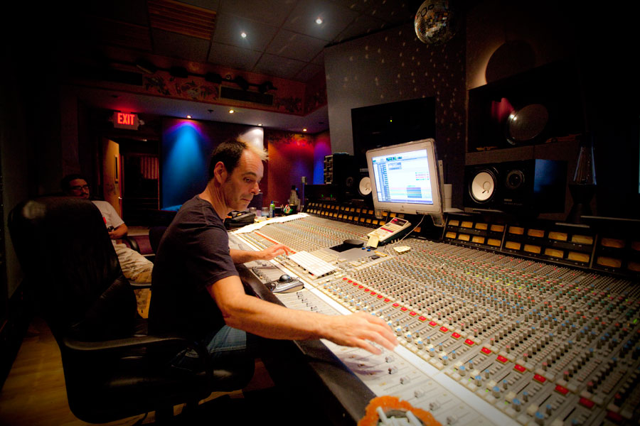 Tom Lord-Alge Mixing AHP's 'Octobersong'